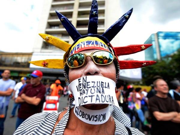 DERIVA TOTALITARIA, PREOCUPANTE  Y PELIGROSA. LA OEA ACTIVA LA CARTA DEMOCRÁTICA CONTRAMADURO.